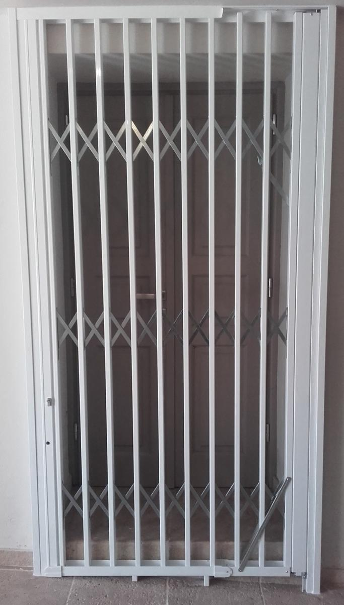 Folding safety galvanized aluminum coated steel grilles Type-100